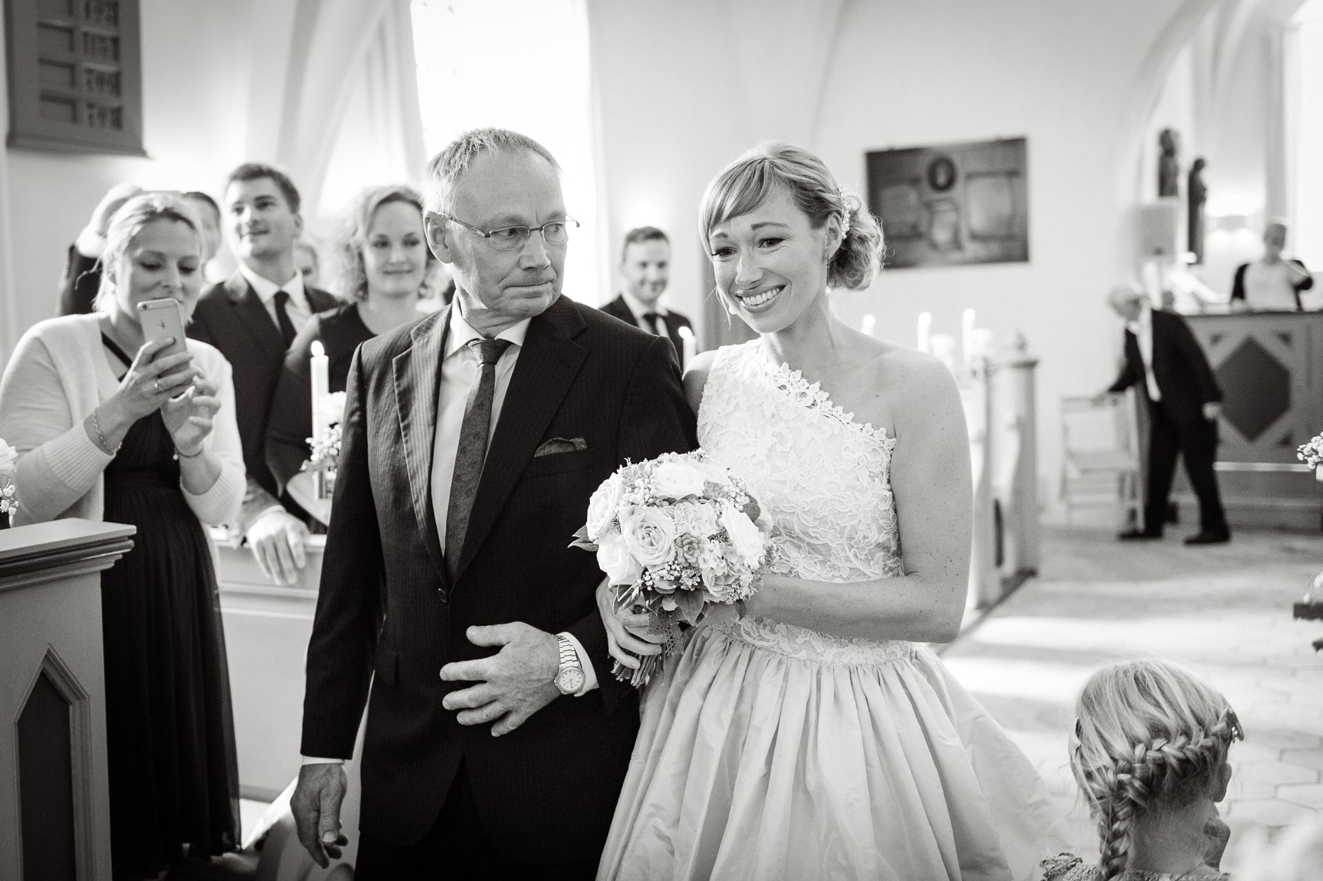 bryllup-wedding-jomfruens-egede-AK-Christian_23