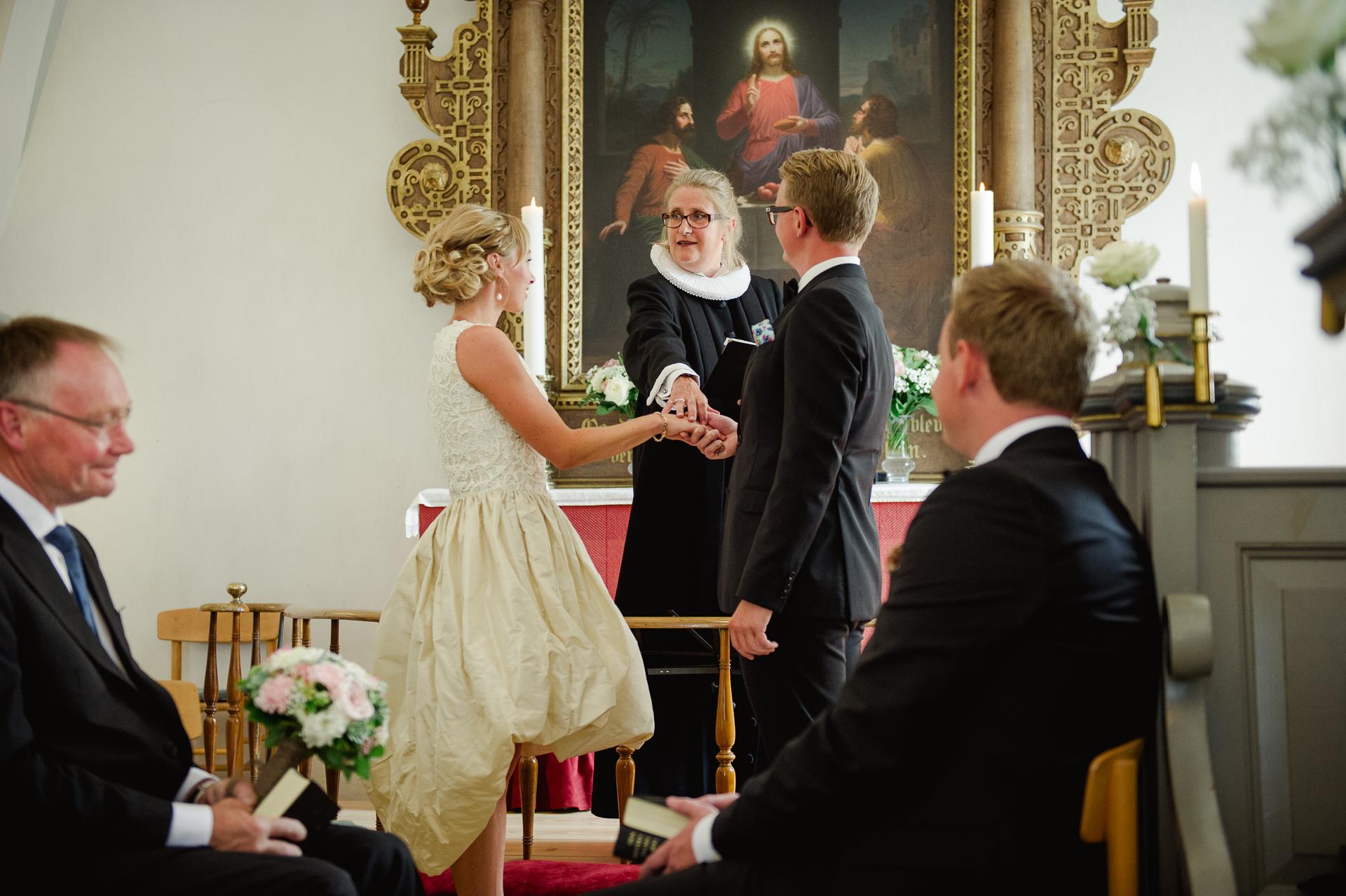 bryllup-wedding-jomfruens-egede-AK-Christian_25